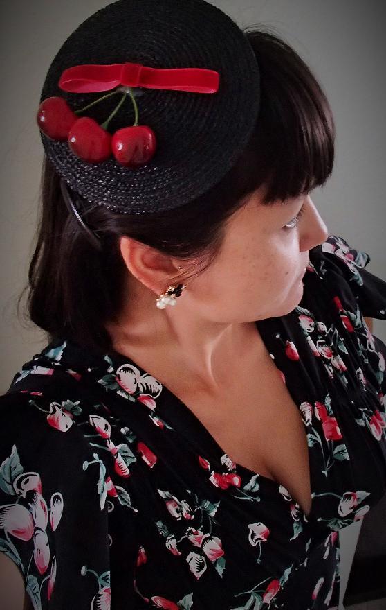 Trashy Diva. Retro rockabilly cherries. 1940s fashion
