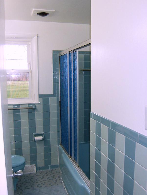 A retro renovation, save the bue bathroom