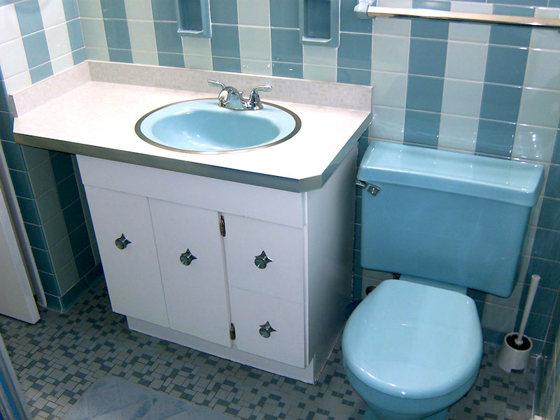 A retro renovation, save the bue bathroom.