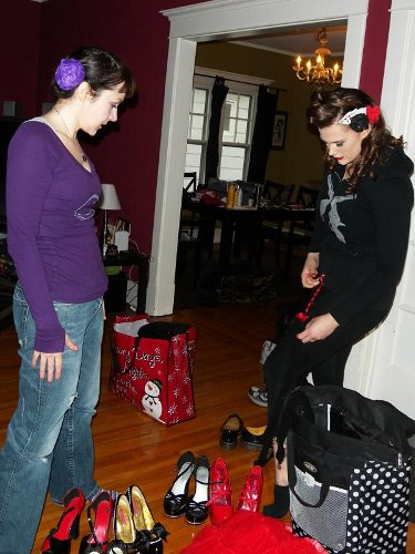 Kelvis and cats like Us discussing Garter Belts before photoshoot