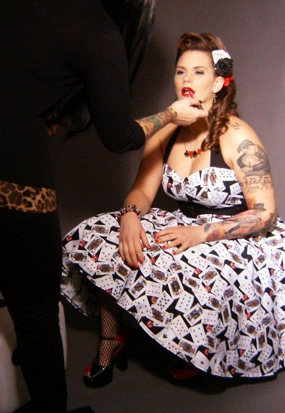 Kelvis and last minute touch ups at the pinup photoshoot