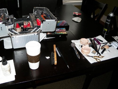 Kelvis and the makeup at the pinup photo shoot