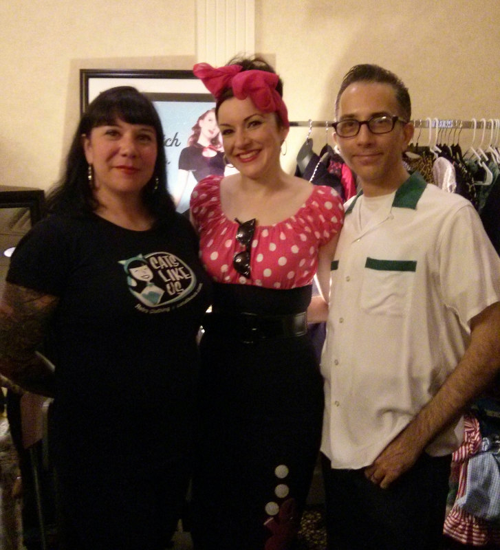 Angela of Mode Merr, and Julie Ann and Andrew of Cats Like Us
